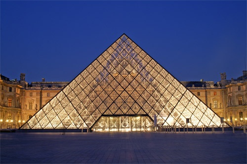 Louvre at night by AnneMB