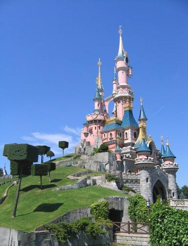 Disneyland Paris by richardbuckland