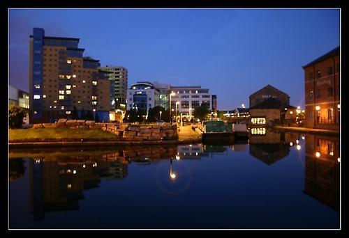 Mirrored City by timwilson