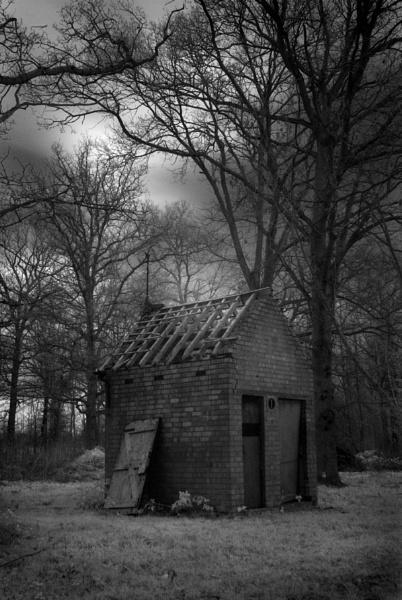 Old Pea House by Kim Walton