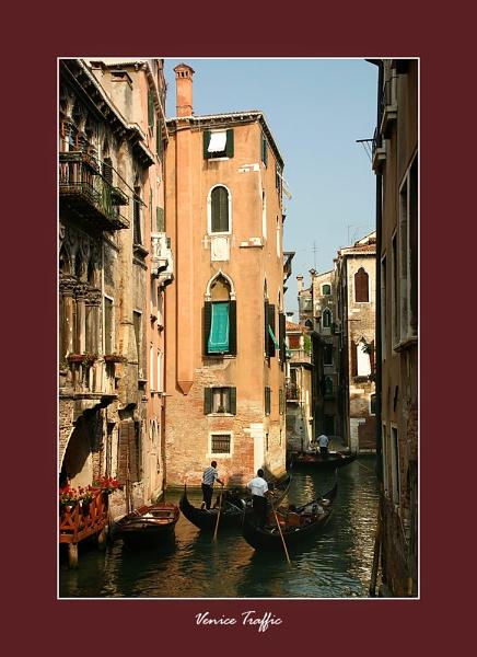 Venice Traffic by sze4j