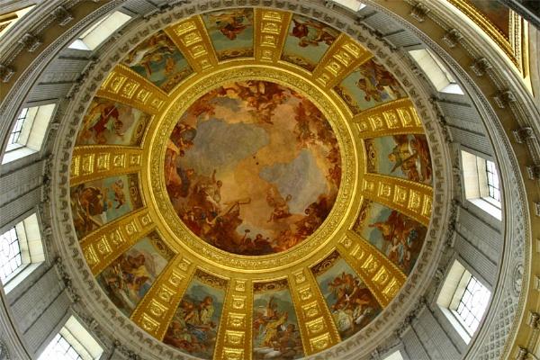 Napoleon\'s Tomb\'s Roof by billip