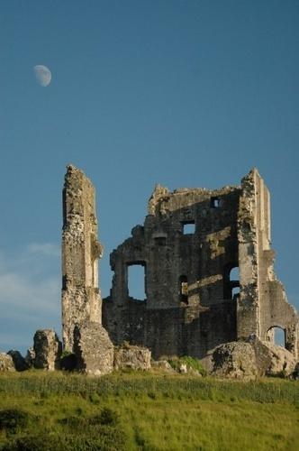 Corfe Castle by casey