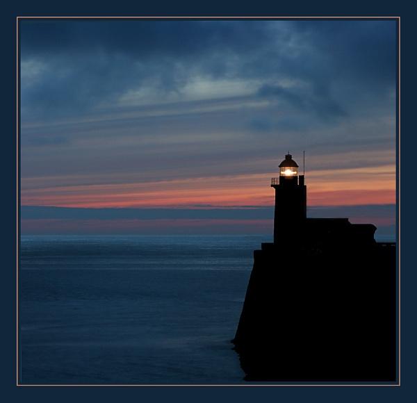Fécamp Lighthouse 2b by conrad
