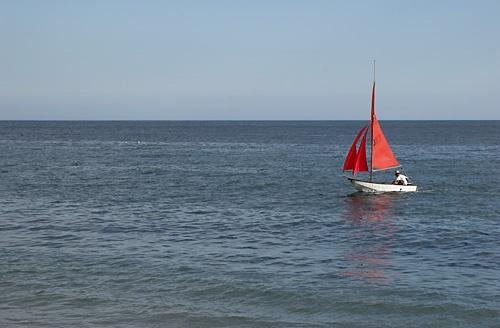 Red Sail by saxon_image