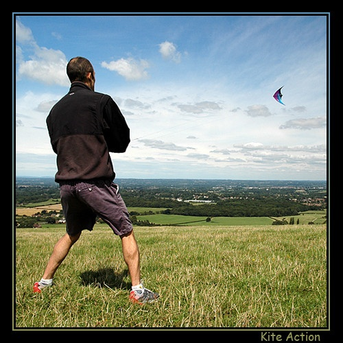 Kite Action by johnny_mazoo