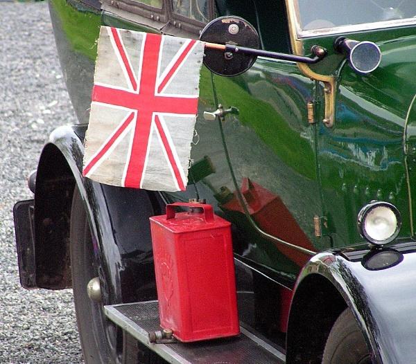 flag a car down by juliem