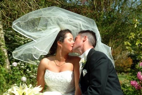 Veiled Romance by debbiehardy