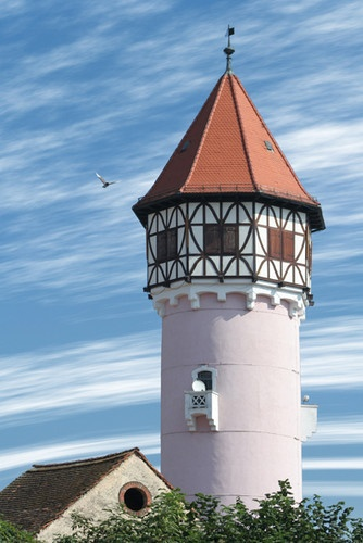 Water tower with the wind by GregorP