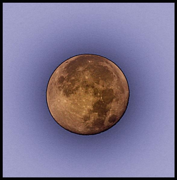 morming moon by petegaylard