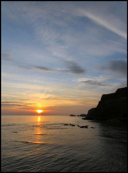 Saltwick Sunrise by AntHolloway