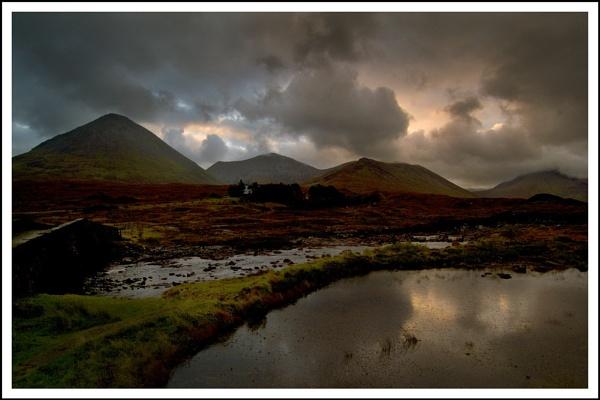 Sligachan sunrise... by Scottishlandscapes