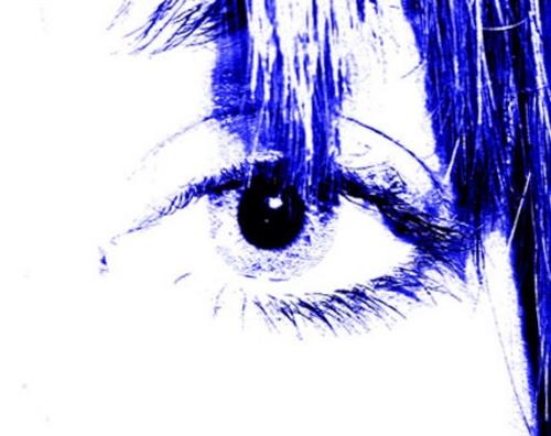 Blue eye. by fionaw