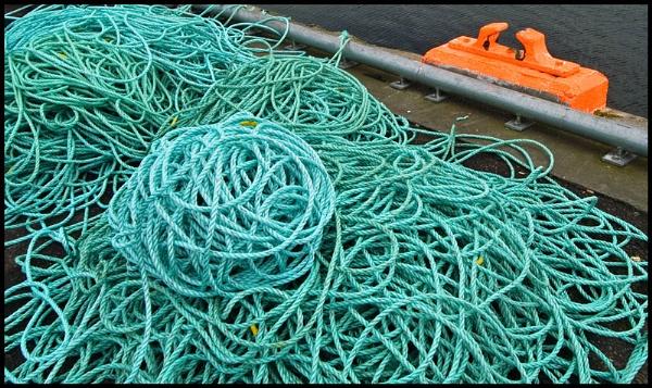 Ropes & Bollard by amaryllis