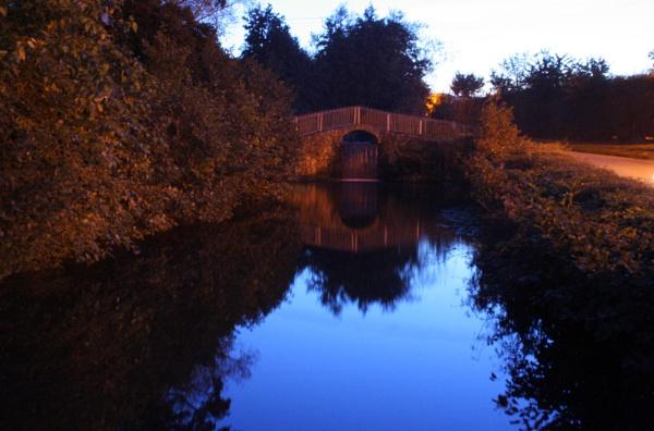 mill farm by moon light by petegaylard