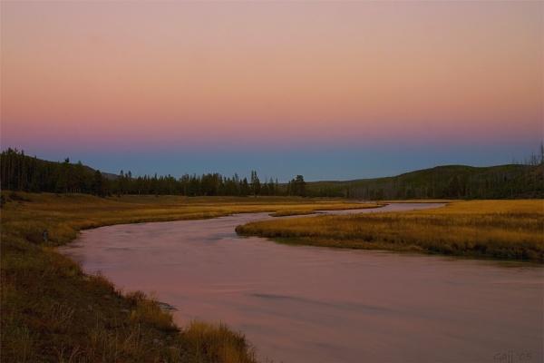 Last Light at Gibbon River by gajj