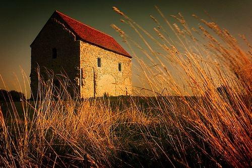Roman Chapel     (RW) by RichardB