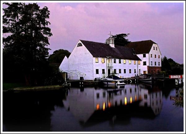 Hambleden Mill by Carol_f