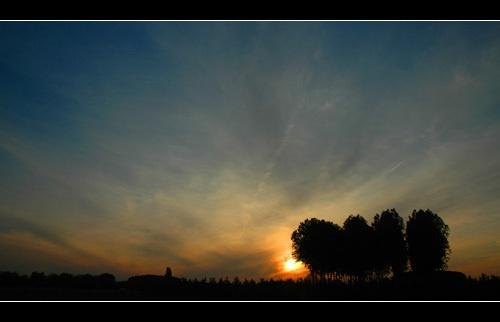 Midsummer sunset by Hedgehog