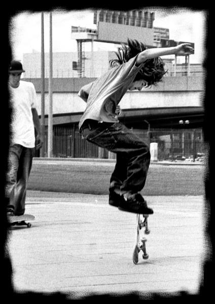 Skater Boy by pjcurran