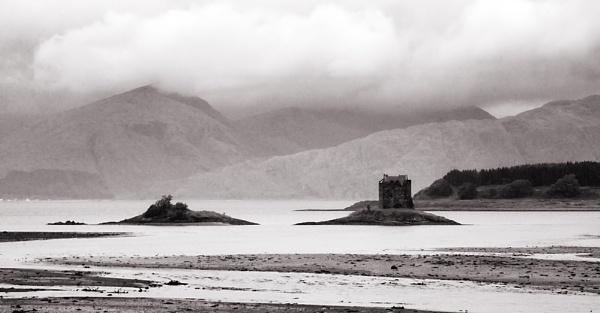 Castle Stalker by trahern