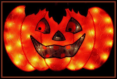 Happy Halloween by Pegon