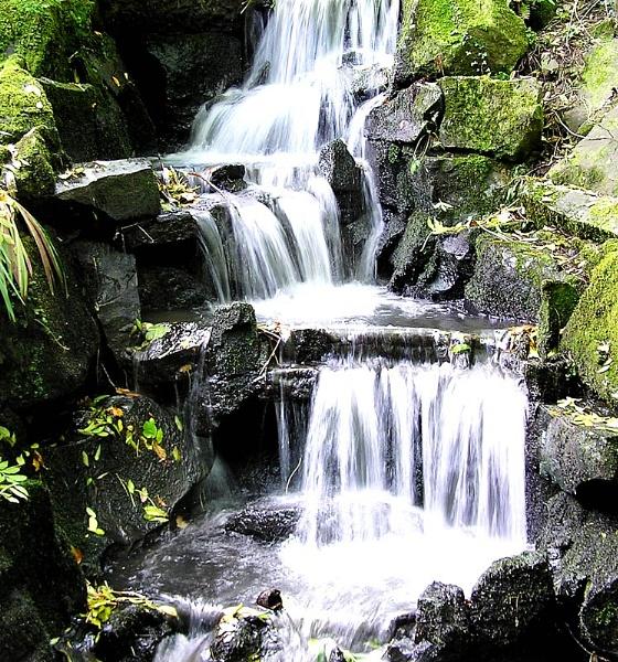 Clyne water fall by 54 luca