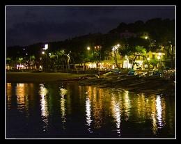 Lla Franc at night