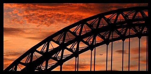Tyne Sunset 3 by MoWiz