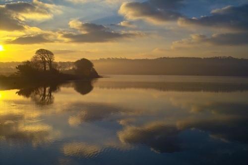 Owenabue Sunrise by o_neip