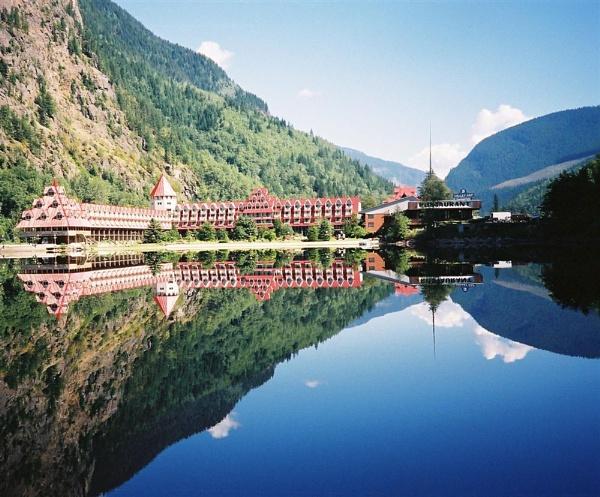 Three Valley Lake 1 by GavMc