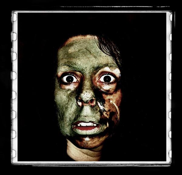 Zombie by shitzkit