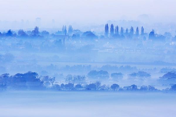 Foggy Landscape II by klewis