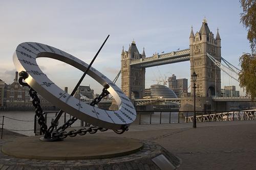 London Walk IV by BundleBoy