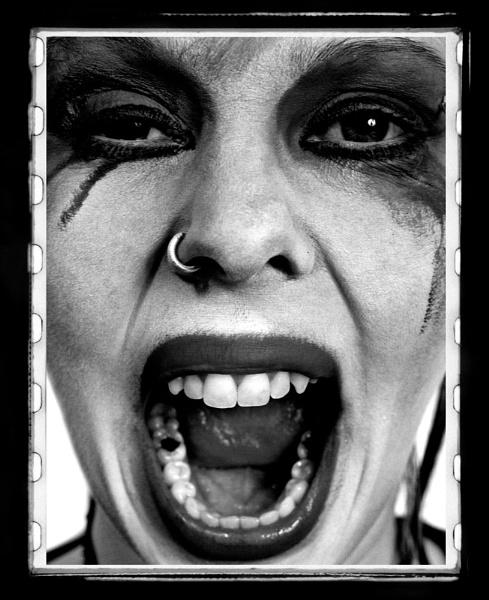 Evil Clown by shitzkit