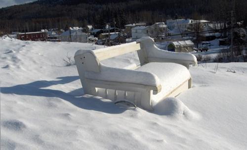 Snowy Bench by Shelley
