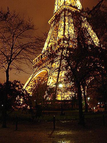 Eiffel Tower by Han_R