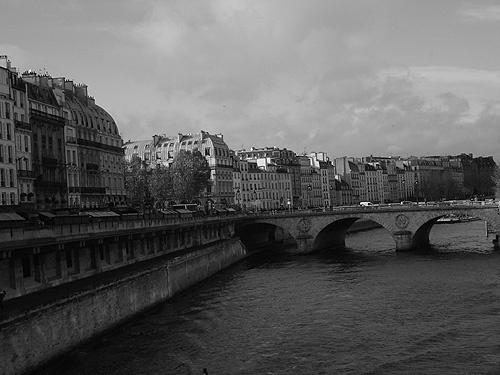 Paris by Han_R
