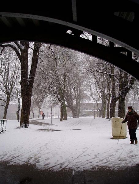 Bridge & snow by Dinda