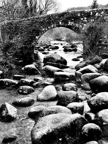 A Dartmoor Bridge by peterhorner