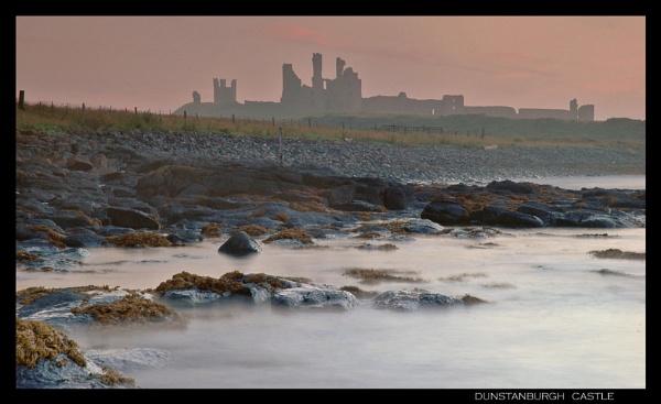 Dunstanburgh Castle by Nixy
