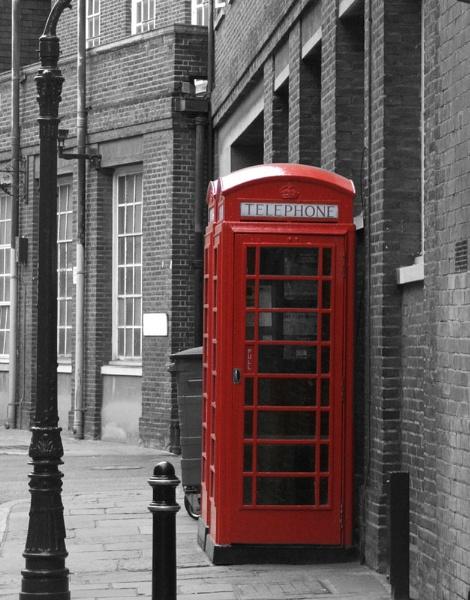 Can you hear me calling? by jonhayward
