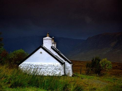 Black Rock Cottage by neptune