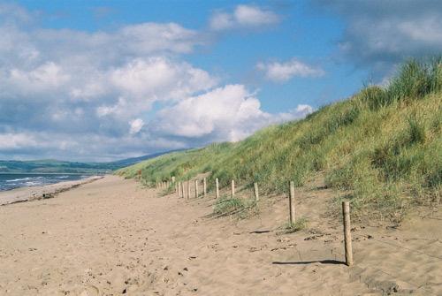 Receeding beach by RipleyExile