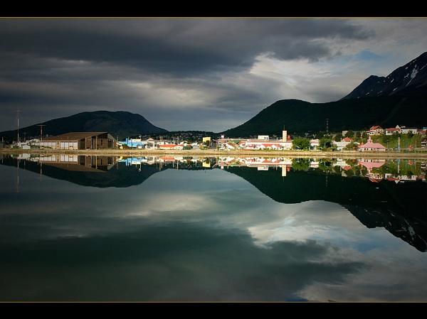 Ushuaia by Keelo