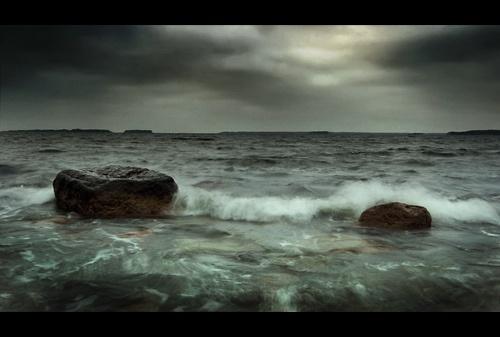 Rush For Shore II by solkku