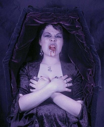 purple vampire queen by Kali
