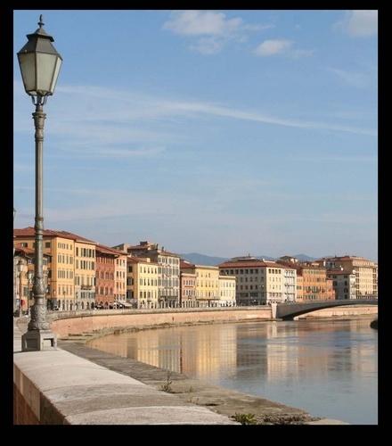 River Arno - Pisa by jimweir80