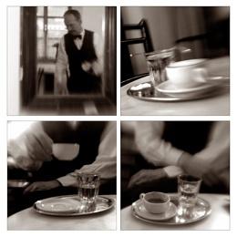 Melanche (Espresso with hot milk.)
