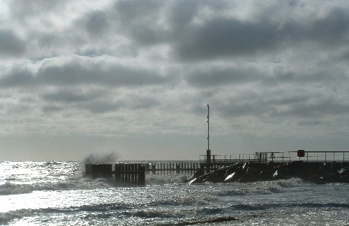 Harbour Entrance by oldbiddy